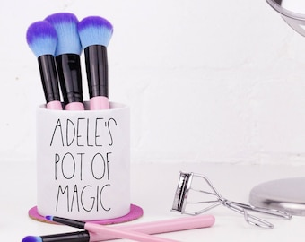 Personalised Makeup Brush Holder - Pot of Magic - Makeup Organiser / Dressing Table Tidy Pot / Ceramic Pot / Pencil Pot - Customised Gift