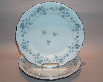 8360: Johann Haviland Blue Garland SET 2 Dinner Plates Bavaria Germany Vintage China Dinnerware at Vintageway Furniture