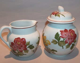 8515: Wedgwood Kimono Covered Sugar and Creamer Set Georgetown Collection England Vintage Fine China at Vintageway Furniture
