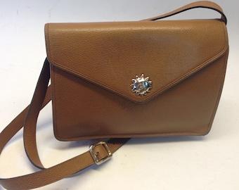 0305720fac Classic leather bag