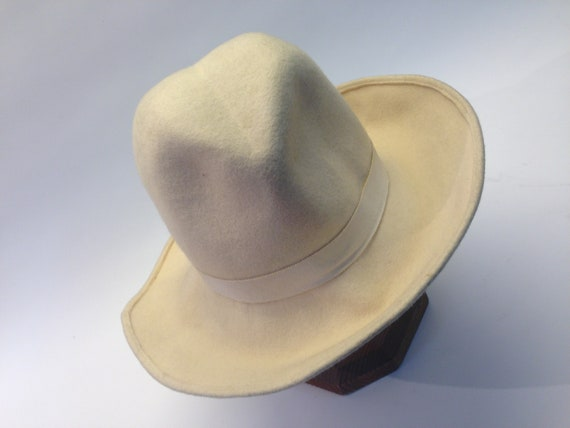 French felt hat | Vintage | 1970s | Fedora hat | … - image 1