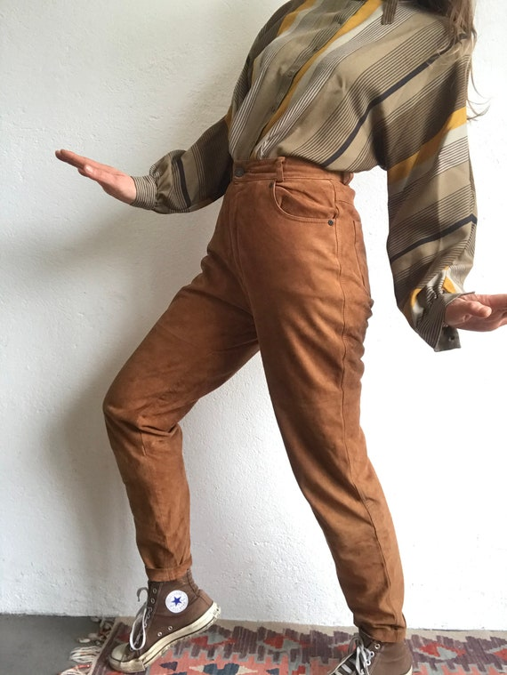 Pleated Trousers  1980s vintage leather light brown leather pants Size 30 Waist  High Rise Straight Leg 80/'s Brown Suede Pants