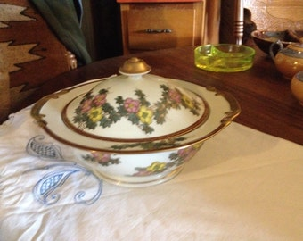 Vintage Asian Covered Tureen With Brilliant Gold Trim