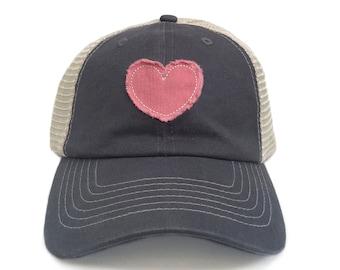 wholesale dealer 5fe78 c9a2b Trucker Hat For Women Vintage Baseball Cap Retro Patch Frayed Applique  Heart Baseball Hats Gray Trucker Cap Womens Baseball Caps