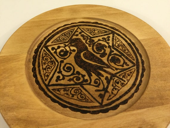 Wood plate; Wooden home accent; Woodburned Arabesque plate; Fatimid art; Medieval Art; Islamic Art; Egyptian Art; Wall Art; Home Decor