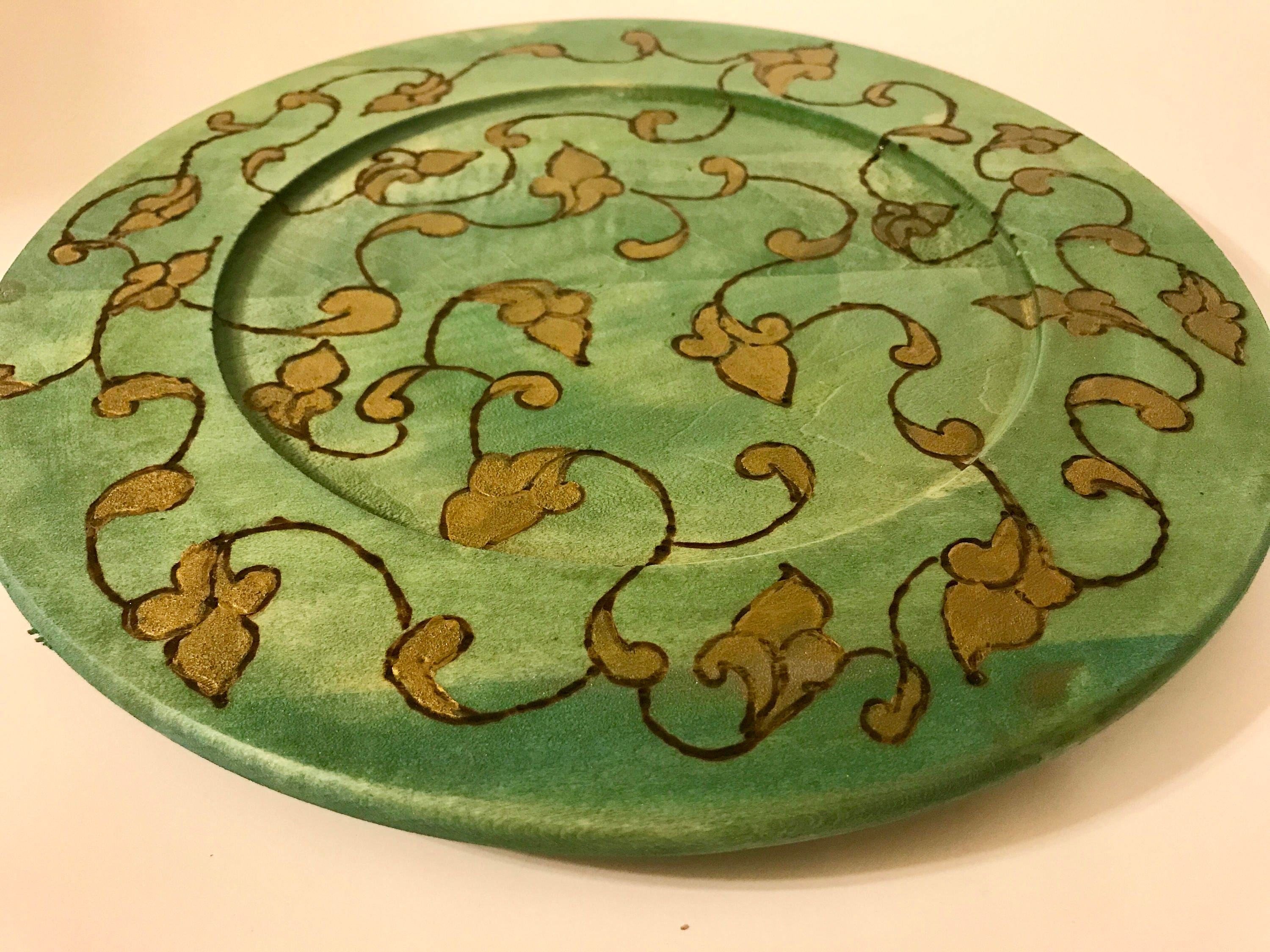 A Mid Summer Nights Dream Collection Wooden Home Decor Plate by The  Arabesque. Woodburned Vine and Scroll Design In Green and Gold
