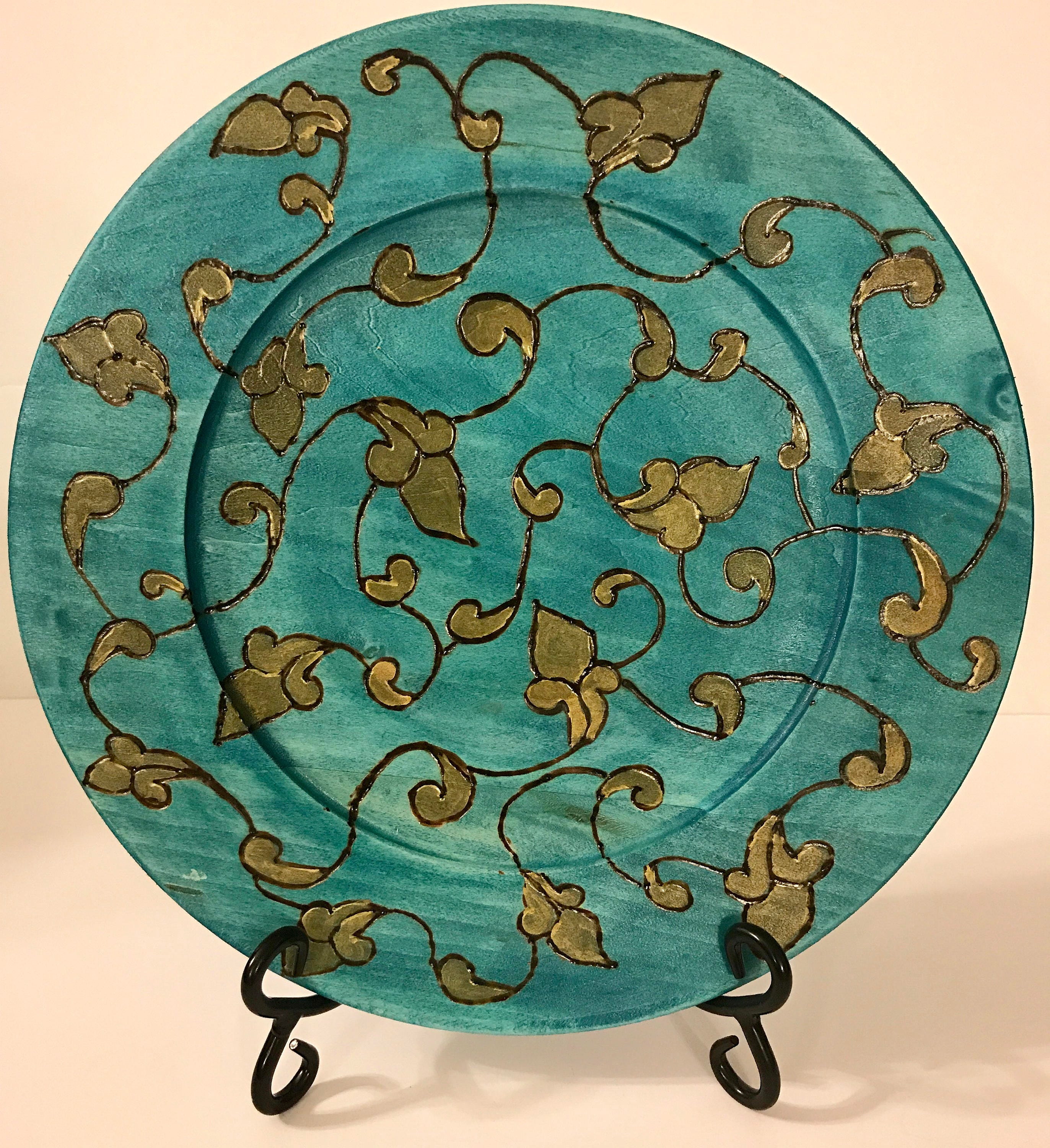 A Mid Summer Nights Dream Collection Wooden Home Decor Plate by The  Arabesque. Woodburned Vine and Scroll Design In Turquoise and Gold