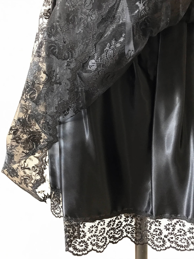 80/'s Black Satin and Lace Skirt