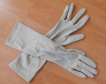 b852cf979 Vintage Ladies Beige Gloves Long Length 1950s by St Michaels which is the  old name for Marks and Spencer size L