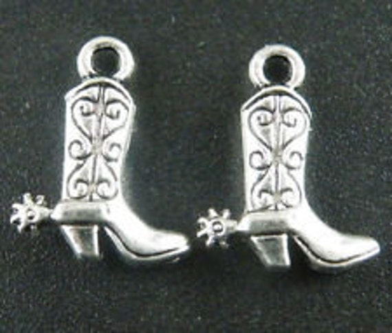 Tibetan Silver Charms Cowgirl boots Pendants Beads Crafts Jewelry Making 17*13mm