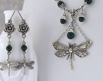 Winged Mysteries - Dragonfly necklace - Elegant Dragonfly - Fantasy necklace - Green - Opalite - Dark Purple SPS