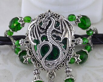 Dragon Charmer Hairstick Barrette - Medieval dragon barrette - Mother of dragons - Emerald Green dragon hair stick