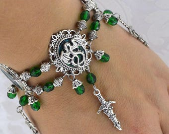 Dragon Charmer - green and antique silver tone dragon charm  bracelet