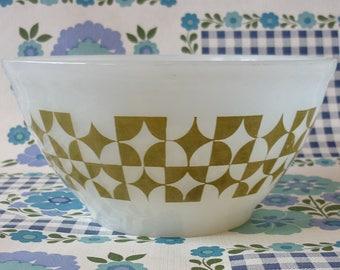 Agee Pyrex Bowl