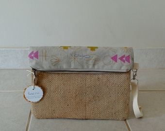 Geometric Printed Burlap Foldover Bag with Zipper - repurposed coffee burlap sack - summer purse - wristlet - geometric clutch - coffee bag