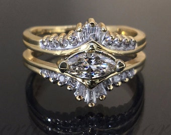 Estate 14k Yellow gold Natural Marquise Diamond Solitaire ring guard band 1.04ct