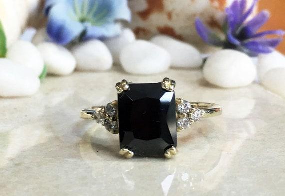 Engagement Ring Gemstone Ring Stacking Ring Black Ring Statement Ring December Ring Prong Ring Black Onyx Ring Gold Ring
