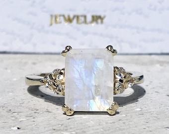 Rainbow Moonstone Ring - June Birthstone - Statement Ring - Gold Ring - Engagement Ring - Rectangle Ring - Cocktail Ring - Prong Ring