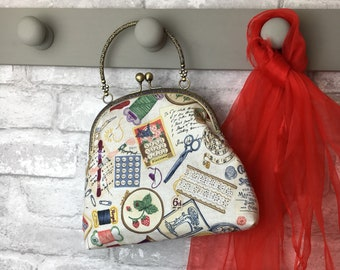 Sewing Evening Bag ~ Gift for crafter ~ Vintage bag ~ Special occasion bag and purse set ~ Kiss clasp frame ~ Handmade in Dorset x