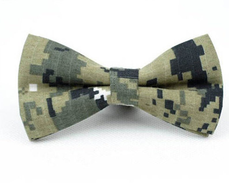 aa8c0eb81334 Camo Bow Tie.Mens Bow Tie.Army Green Camouflage Bow Tie.Cotton | Etsy