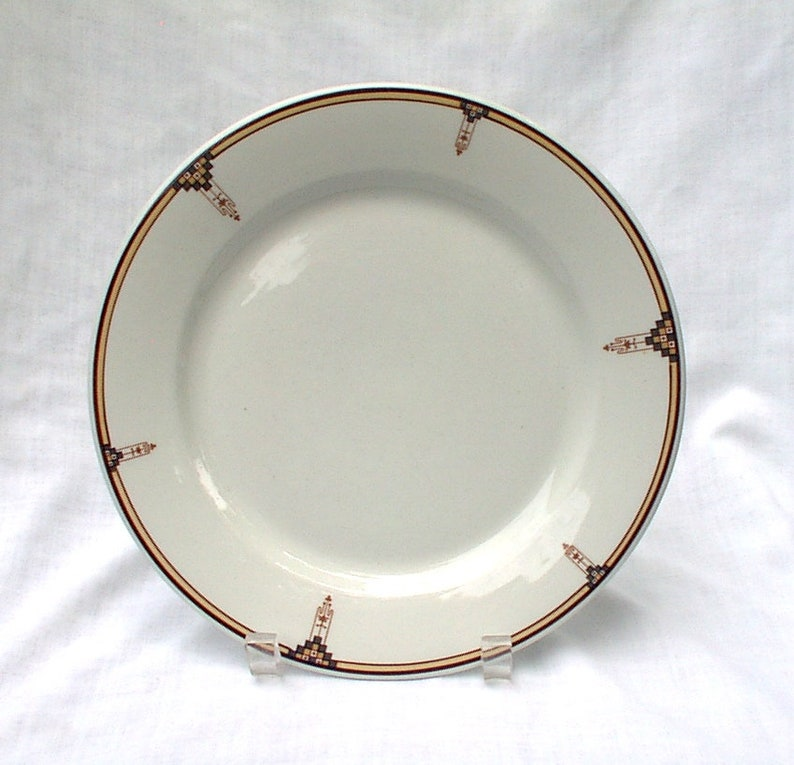 Antique Buffalo China Arts And Crafts Design Dinner Plate Early 1900s