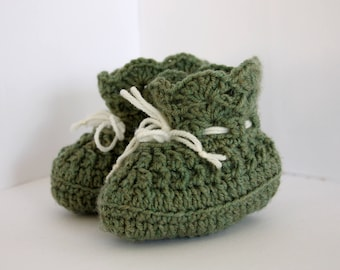 Green Crochet Baby Booties/crib shoes
