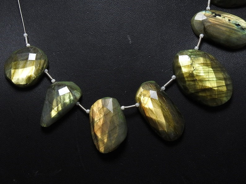 LABRADORITE 1.Strand 9 Pcs Faceted Fancy Shape Briolettes One Side Finished 100/% Natural Beautiful Quality Discounted Price New Arrival