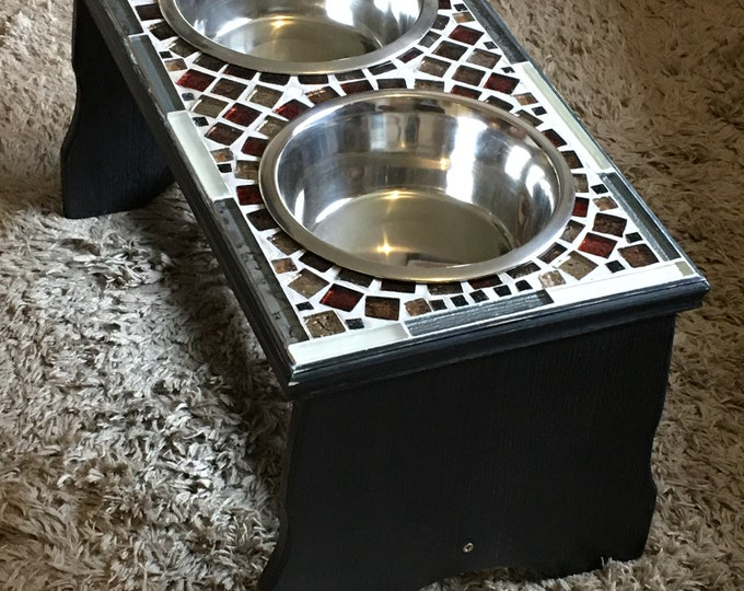 Raised / Elevated Dog Feeding Stand