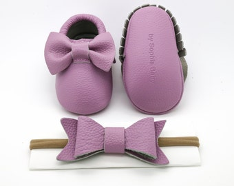 Baby Moccasins, Lavender Moccasins, Baby Leather Shoes, Genuine Leather Moccs, Toddler Bow Moccasins, Baby Purple Bow Moccasins