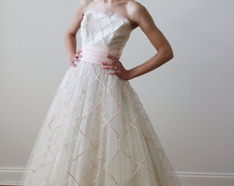 24493d168 Vintage 1950s Tulle Tea Length Wedding Dress with Pink Ribbon Details