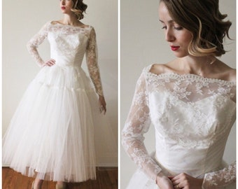 94924396fc36 Vintage 1950s Long Sleeved Lace and Tulle Tea Length Wedding Dress