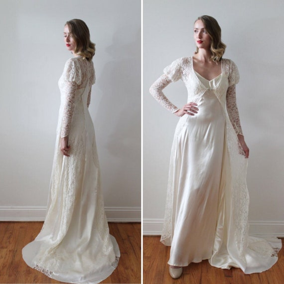Vintage 1930's Lace Long Sleeve Bridal Jacket with