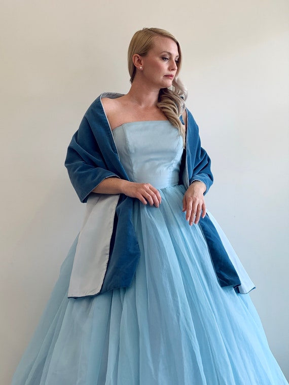 Vintage 1950's Light Blue tone Cinderella style W… - image 6