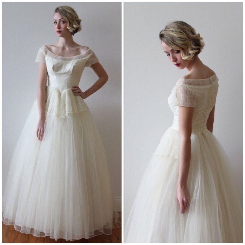 Vintage 1950s Short Sleeved Tulle Wedding Dress Etsy