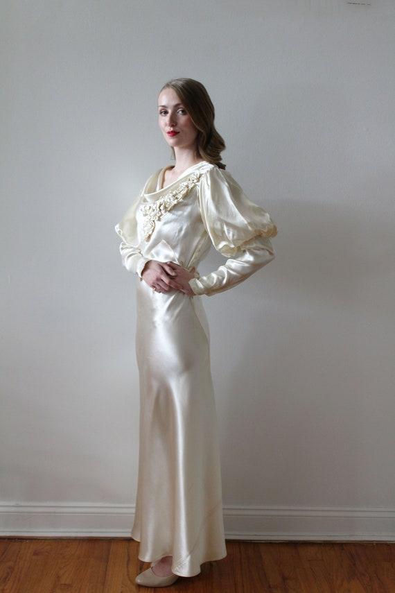Vintage 1930's Bias Satin Long Sleeve Wedding Dre… - image 3