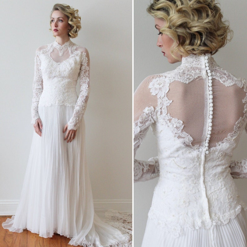 Long Sleeved Wedding Dresses.Vintage 1980s Long Sleeved Wedding Dress With Pleated Skirt