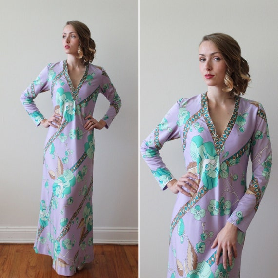 Vintage 1970s Lilac Long Sleeved Maxi Dress with T