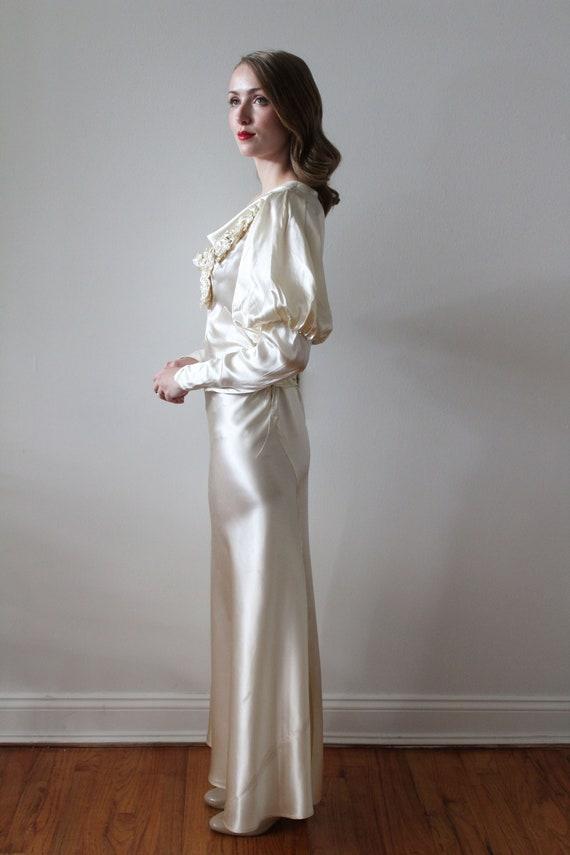 Vintage 1930's Bias Satin Long Sleeve Wedding Dre… - image 7
