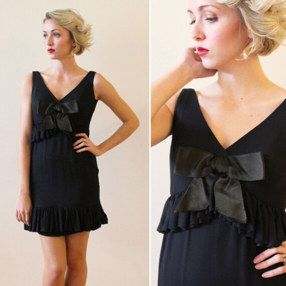 Vintage 1960s Black Mini Dress with Satin Bow Deta