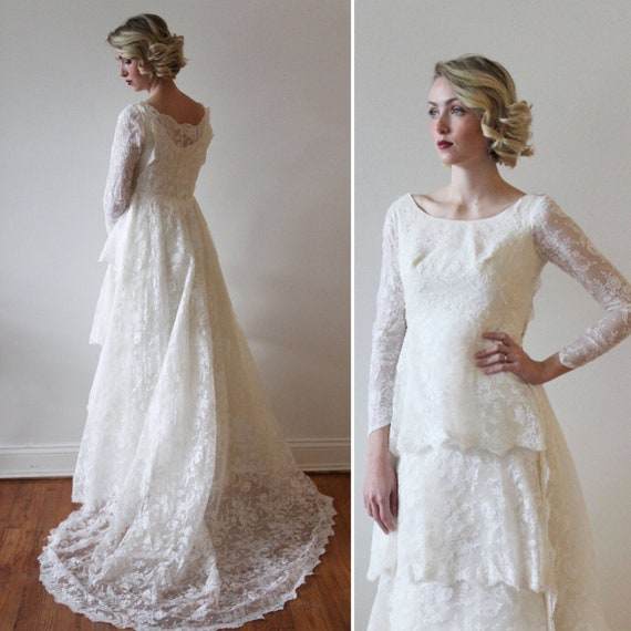 Vintage 1960s Tiered Lace Wedding Dress With Detachable