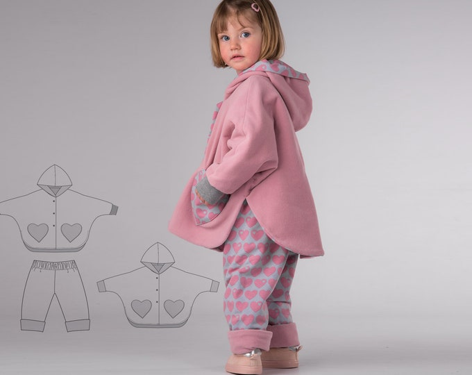 Easy girls baby poncho sewing pattern pdf with pants bundle. Lined reversible cape with sleeves + hood MARA + FIOCCO by Patternforkids