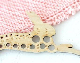 Leaping Hare Knitting Needle Gauge