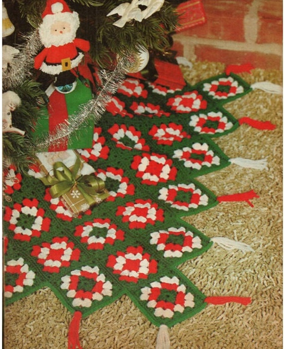 Christmas Tree Skirt Patterns.Crochet Christmas Tree Skirt Pattern Vintage 70s Crochet Granny Square Tree Skirt Pattern