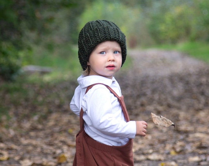 The Jessie Beanie// Newborn ~ Baby ~ Toddler ~ Child ~ Adult// Wool Beanie// Crochet Toque// Classic Hat// Fold over brim// Olive