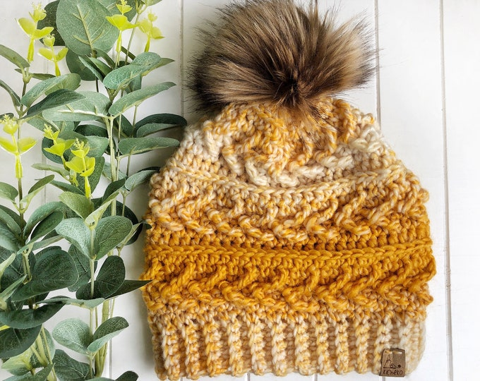 The Sparrow Beanie// ADULT// classic texture// Arrow Beanie// Unique Beanie// Wool Beanie// Crochet Wool Toque// Yellow Ombre