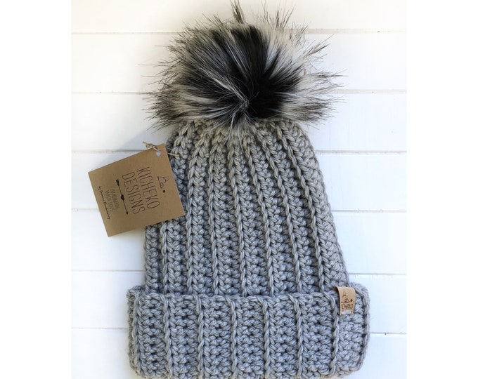 The Jessie Beanie// Newborn ~ Baby ~ Toddler ~ Child ~ Adult// Wool Beanie// Crochet Toque// Classic Hat// Fold over brim// Heathered LGrey