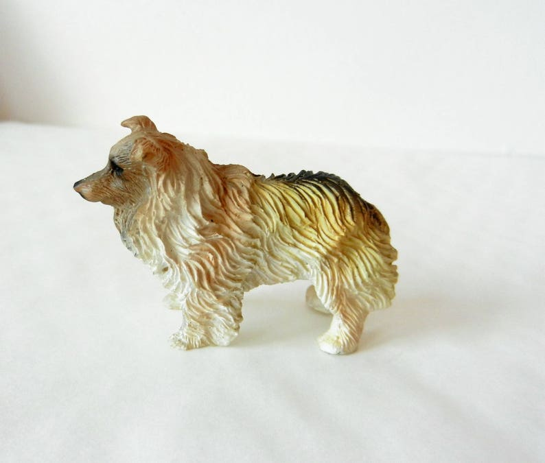 Dollhouse Resin Cute White Lovely Dog Miniature Pet Model Decoration