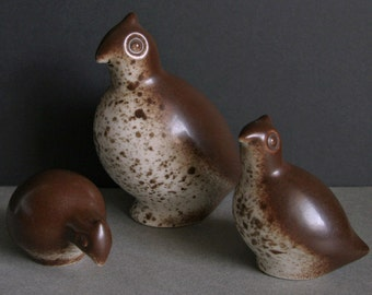Mid Century Grouping of Brown Speckled Quail Birds or Partridges   Howard Pierce Ceramics   Appx 5.75, 3.75 & 2.25 Tall   Fall Display Decor