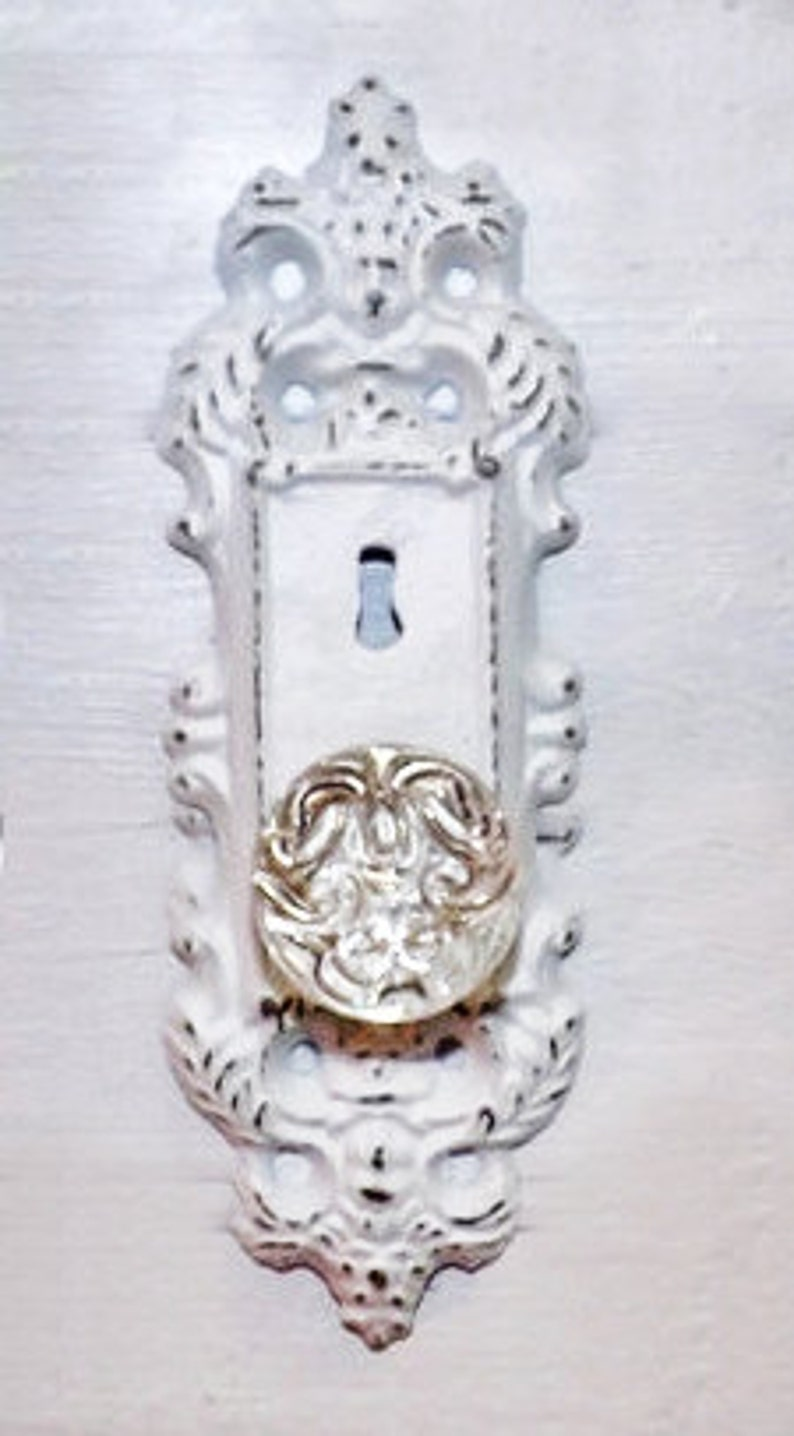 fdc41d0f8e8 Sale Vintage victorian door knob keyhole plate/ Shabby Chic | Etsy
