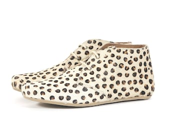 Hairon Leather Fearless Tan Leopard Print Ankle Flat Chelsea Boots